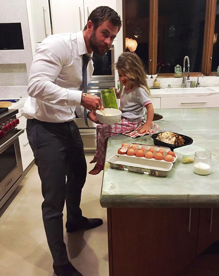 Chris-Hemsworth-filhos (6)