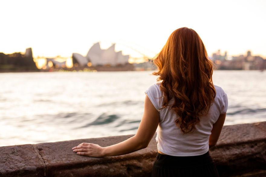 A italiana Benedette, em visita à Sydney na Austrália