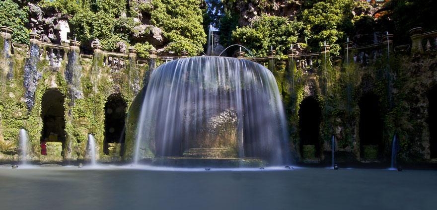Fonte Oval na Villa D'este em Roma, na Itália