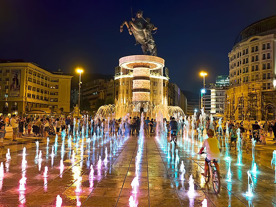 Fonte de Alexandre O Grande em Skopje, na Macedonia