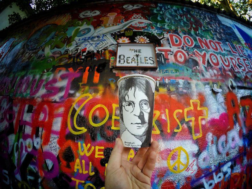 Retrato de John Lennon, em Praga, na República Checa