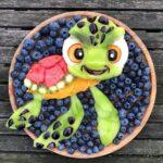 personagens-da-disney-criados-em-pratos-de-frutas (17)