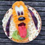 personagens-da-disney-criados-em-pratos-de-frutas (21)