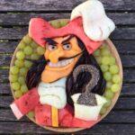 personagens-da-disney-criados-em-pratos-de-frutas (25)