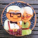 personagens-da-disney-criados-em-pratos-de-frutas (5)